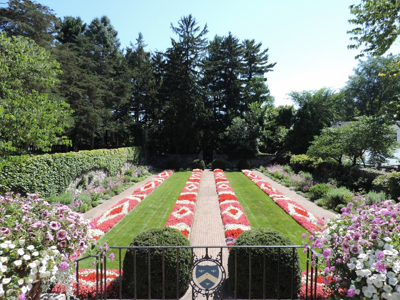RRG again sponsors free admission to Cranbrook Gardens